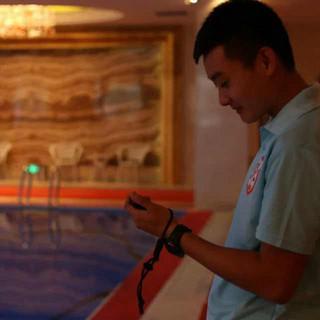 游泳教练王铮
