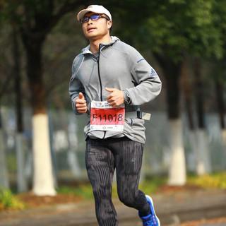 冲哥爱跑步